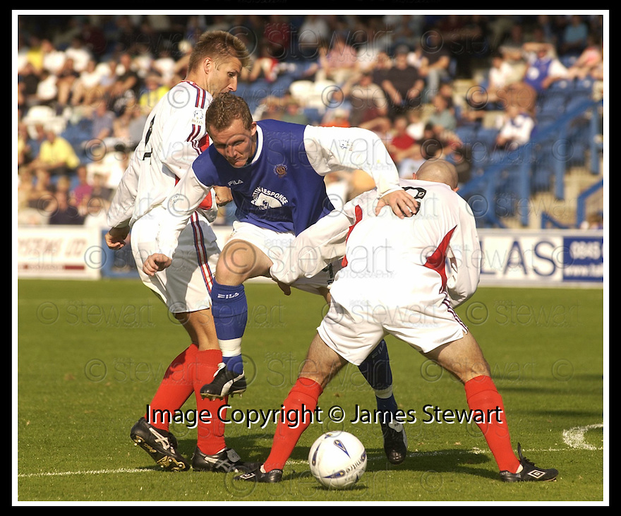 14/9/02       Copyright Pic : James Stewart                     .File Name : stewart-qots v inverness 03.PETER WEATHERSON TRIES TO MAKE HIS WAY PAST ROSS TOKEY AND STUART GOLABEK....James Stewart Photo Agency, 19 Carronlea Drive, Falkirk. FK2 8DN      Vat Reg No. 607 6932 25.Office : +44 (0)1324 570906     .Mobile : + 44 (0)7721 416997.Fax     :  +44 (0)1324 570906.E-mail : jim@jspa.co.uk.If you require further information then contact Jim Stewart on any of the numbers above.........