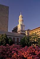 AJ4402, Hartford, Connecticut, church, The 1807 Center Church in downtown Hartford in the state of Connecticut.