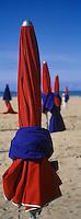 Europe/France/Normandie/14/Calvados/Deauville: la plage et parasols