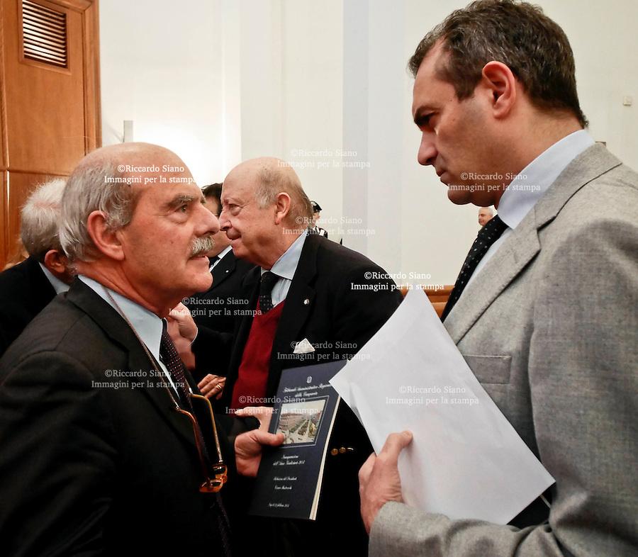 - NAPOLI 22 FEB  2014 - L'inaugurazione dell'anno giudiziario del Tar. nella foto il Procuratore regionale della Campania Tommaso Cottone con il sindaco Luigi de Magistris