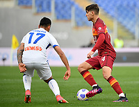 Football, Serie A: AS Roma - Atalanta Olympic stadium, Rome, April 22, 2021. <br /> Roma's Gonzalo Villar (r) in action with Atalanta's Cristian Romero (l) during the Italian Serie A football match between AS Roma and Atalanta at Rome's Olympic stadium, Rome, on April 22, 2021.  <br /> UPDATE IMAGES PRESS/Isabella Bonotto