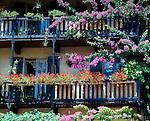 Italy, Lombardia, Lake Garda, Limone: flower decorated balcony | Italien, Lombardei, Gardasee, Limone: blumengeschmueckter Balkon