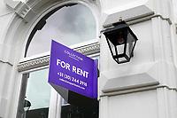 Nederland - Amsterdam- 2020.   Appartement te huur. Engelstalig bord.     Foto ANP / Hollandse Hoogte / Berlinda van Dam