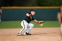 Levi Navinskey (15), from Nortonville, Kansas, while playing for the Pirates during the Baseball Factory Pirate City Christmas Camp & Tournament on December 29, 2017 at Pirate City in Bradenton, Florida.  (Mike Janes/Four Seam Images)