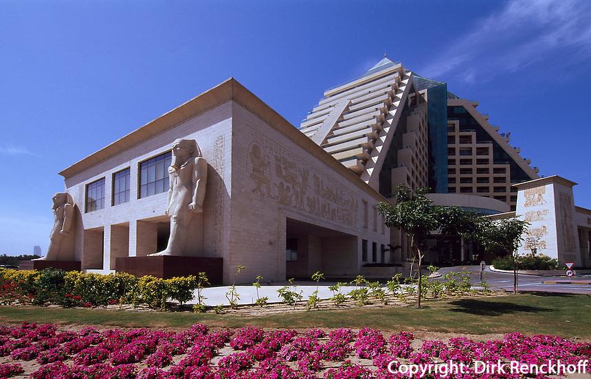 Vereinigte arabische Emirate (VAE, UAE), Dubai, Hoetel Raffles in der Wafi-City