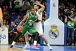 Real Madrid´s Felipe Reyes and Unicaja´s Will Thomas during 2014-15 Liga Endesa match between Real Madrid and Unicaja at Palacio de los Deportes stadium in Madrid, Spain. April 30, 2015. (ALTERPHOTOS/Luis Fernandez)