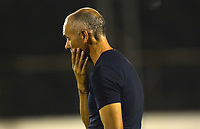 ENVIGADO - COLOMBIA, 08-10-2019: Jose Arastey técnico de Envigado durante el juego entre los equipos Envigado y Jaguares de Córdoba por la fecha 16 de la Liga Águila II 2019 jugado en el estadio Polideportivo Sur de la ciudad de Medellín. / Jose Arastey coach of Envigado during match between Envigado FC and Jaguares de Cordoba for the date 16 of the Liga Aguila II 2019 played at Polideportivo Sur stadium in Medellin  city. Photo: VizzorImage / Leon Monsalve/ Contribuidor