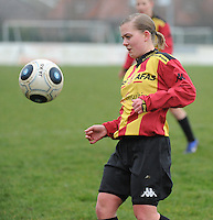 20160116 - ZULTE , BELGIUM : KV Mechelen's Elien De Wilde  pictured during a soccer match between the women teams of Famkes Merkem B and Yellow-Red KV Mechelen  , during the matchday in the Tirth League - Derde Nationale season, Saturday 13 February 2016 . PHOTO DIRK VUYLSTEKE