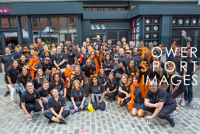 The Extra Mile 2018 - Bloomberg teams pose before the New York race on 3 May 2018, in New York, USA. Photo by Fernando Alonso/ Power Sport Images