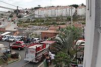 23/06/2020 -  CAMINHÃO DE BOMBEIROS ATROPELA PESSOAS DURANTE OCORRENCIA DE INCENDIO