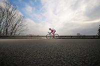 3 Days of De Panne.stage 1: Middelkerke - Zottegem..descending into Brakel