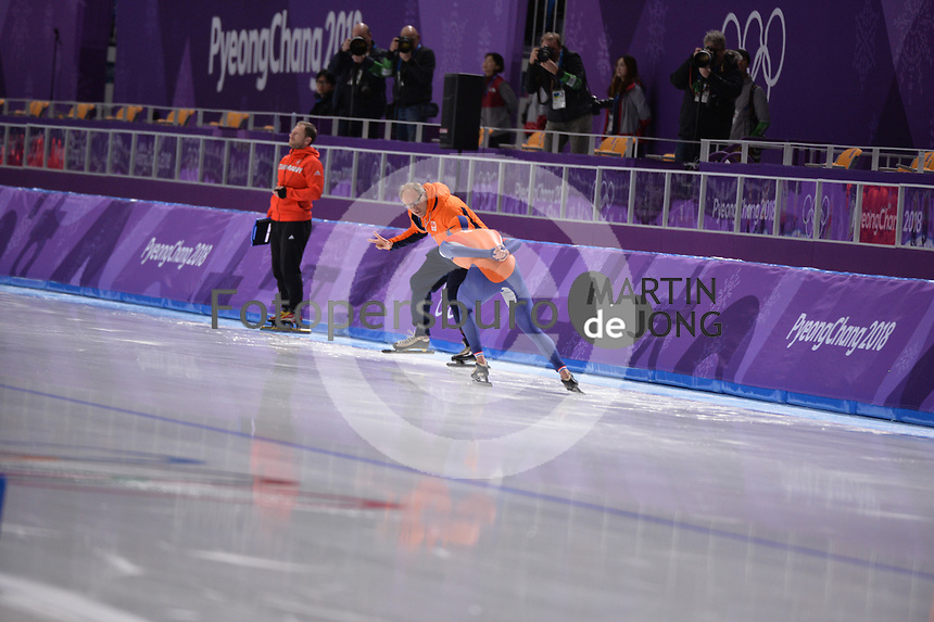 OLYMPIC GAMES: PYEONGCHANG: 15-02-2018, Gangneung Oval, Long Track, 10.000m Men, Jac Orie (coach), Sven Kramer (NED), ©photo Martin de Jong