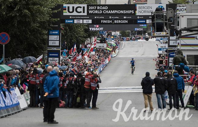 Elena Pirrone (ITA) wins her 2nd rainbow jersey in 3 days (after winning the junior iTT title earlier)<br /> <br /> Women Junior Road Race<br /> <br /> UCI 2017 Road World Championships - Bergen/Norway