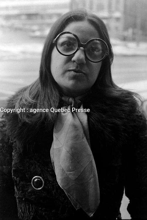 La chanteuse marocaine Frida Boccara a Quebec, le  1er mars 1971<br /> Photographe : Photo Moderne - Agence Quebec Presse