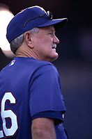 Texas Rangers Manager Johnny Oates during a 2000 season MLB game at Angel Stadium in Anaheim, California. (Larry Goren/Four Seam Images)