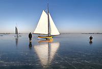Nederland Monnickendam .  IJszeilen op de Gouwzee.  Foto Berlinda van Dam / Hollandse Hoogte