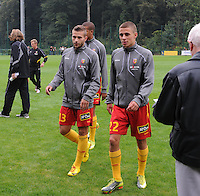 RC Lens : Quentin Pottiez samen met Thorgan Hazard (rechts).foto VDB / BART VANDENBROUCKE