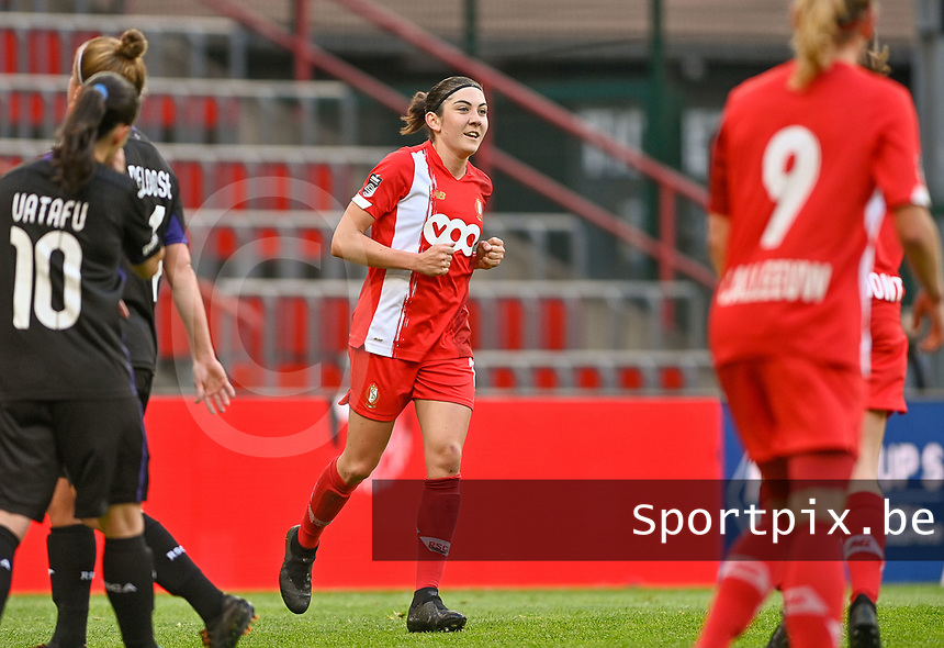 Noemie Gelders (10) of Standard pictured celebrating after scoring a goal during a female soccer game between Standard Femina de Liege and RSC Anderlecht on the 8th matchday in play off 1 of the 2020 - 2021 season of Belgian Scooore Womens Super League , tuesday 18 th of May 2021  in Angleur , Belgium . PHOTO SPORTPIX.BE | SPP | DAVID CATRY