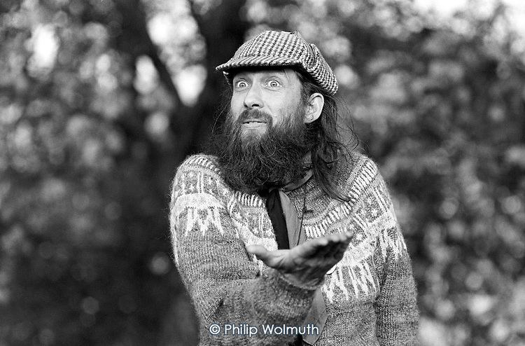 Jim Huggon, Hyde Park Anarchist Forum., Speakers' Corner, Hyde Park, London; 1981