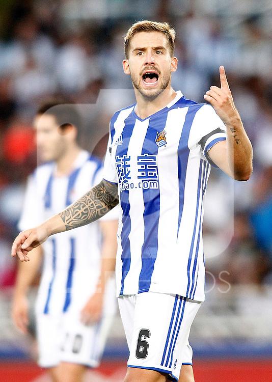 Real Sociedad's Inigo Martinez during La Liga match. August 21,2016. (ALTERPHOTOS/Acero)