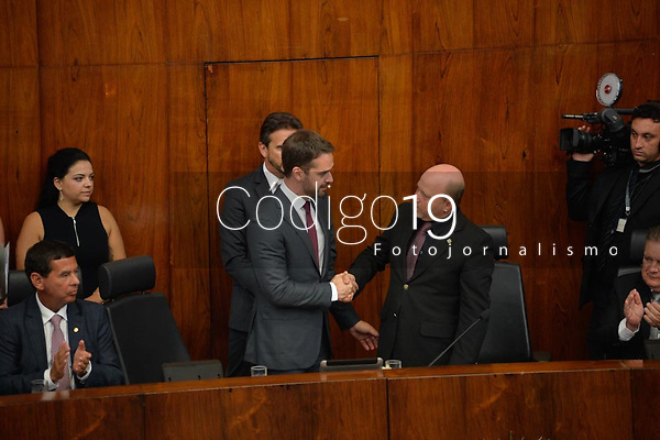 PORTO ALEGRE, RS, 01.01.2019: EDUARDO LEITE-POSSE- O Governador do RS, Eduardo Leite (PSDB/RS) durante a sessão solene de posse, no Plenário 20 de Setembro, na Assembleia Legislativa, em Porto Alegre, nesta terça-feira, (01). (Foto: Donaldo Hadlich/Codigo19).
