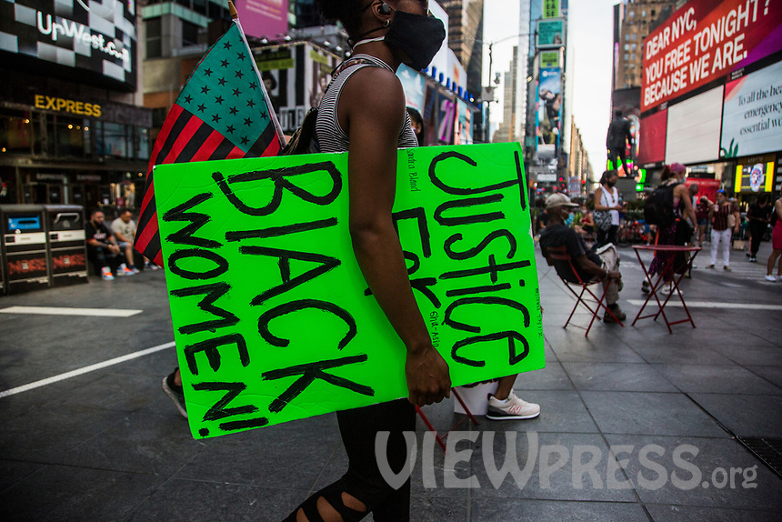 "NEW YORK, NY - JULY 26: Hundreds of protesters gather in Times Square in New York, NY on July 26, 2020. Hundreds of New York activists participated in a march to condemn what they see as an excessive focus on the federal authorities in Portland, Oregon and continue to support the different movements of ""Black Lives Matter"" (Photo by Pablo Monsalve / VIEWpress via Getty Images)"