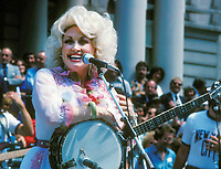 Dolly Parton 1977 Photo by Adam Scull-PHOTOlink.net