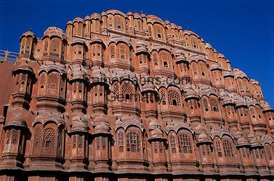 Indien, Rajasthan, Jaipur: Hawa Mahal (Palast der Winde)   India, Rajasthan, Jaipur: Facade of Hawa Mahal (Palace of the Winds)