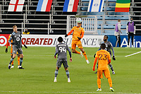 ST PAUL, MN - OCTOBER 18: Darwin Ceren #24 of Houston Dynamo heads the ball during a game between Houston Dynamo and Minnesota United FC at Allianz Field on October 18, 2020 in St Paul, Minnesota.