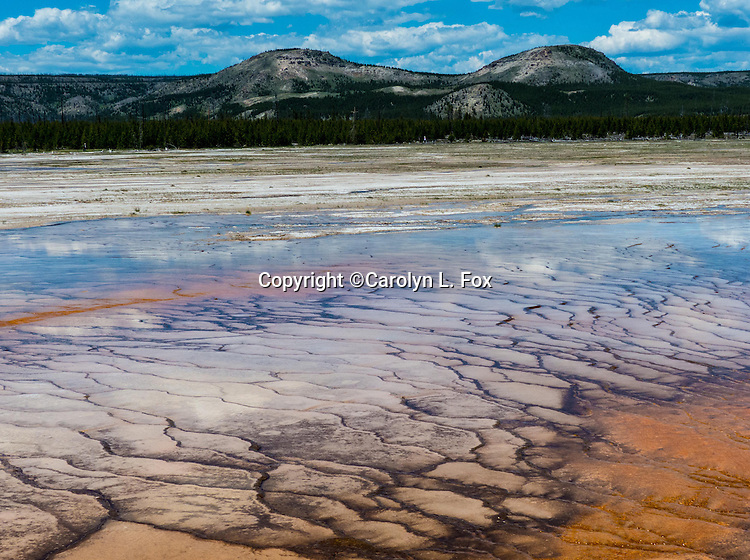Midway Geyser Basin in Yellowstone National Park is a wonderful and amazing place.
