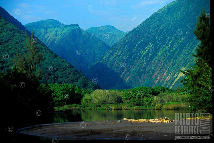 Beautiful Waipio Valley