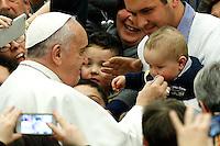 20150221 VATICANO: PAPA FRANCESCO INCONTRA I FEDELI DELLA DIOCESI DI CASSANO ALLO IONIO