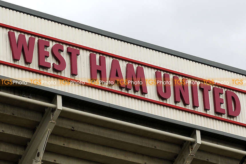 West Ham United sign ahead of West Ham United Ladies vs Tottenham Hotspur Ladies, FA Women's Premier League Football at the Boleyn Ground, Upton Park