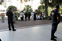 Campinas (SP), 10/08/2020 - Protesto - Manifestação interreligioso em prol da Comunidade Nelson Mandela, em frente da prefeitura da cidade de Campinas (SP), nesta segunda-feira (10).