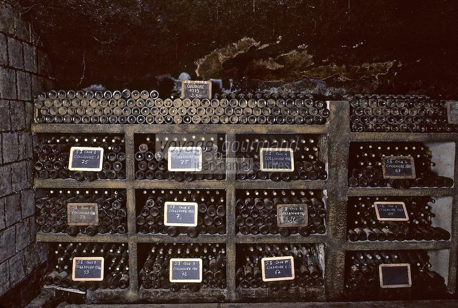 """Europe/France/Languedoc-Roussillon/66/Pyrénées-Orientales/Banyuls-sur-Mer: Cave """"Le Cellier des Templiers"""" AOC Banyuls, vieilles bouteilles"""