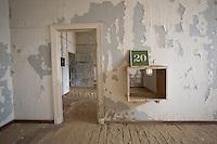 Ward 20 at Kolmanskop Hospital