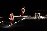 DUO<br /> <br /> Chorégraphie : Carolyn Carlson<br /> Chorégraphie : Carolyn Carlson<br /> Interprètes : Céline Maufroid et Juha Marsalo <br /> Lieu : Le Colisée<br /> Ville : Roubaix<br /> Le 12/12/2013