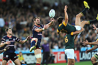 07 October 2015: Cam Dolan of USA wins the battle of the high ball against Jan Serfontein of South Africa during Match 31 of the Rugby World Cup 2015 between South Africa and USA - Queen Elizabeth Olympic Park, London, England (Photo by Rob Munro/CSM)