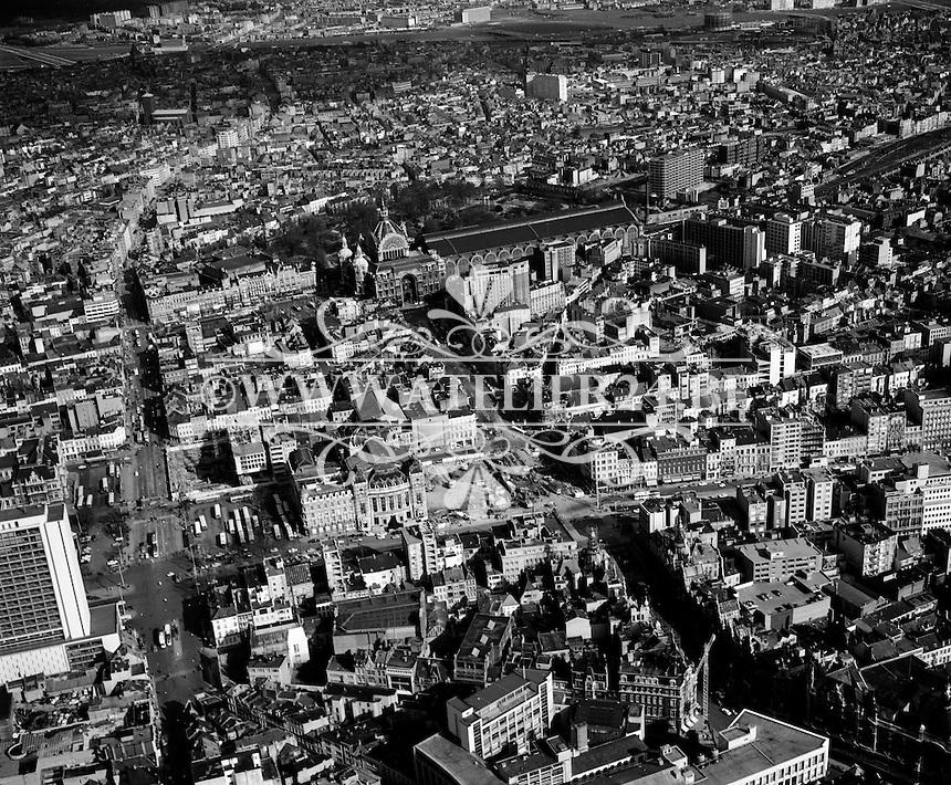 Mei 1970. De Keyserlei en het centraal station in Antwerpen.