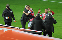 20th July 2021; Buenos Aires, Argentina;  Emiliano Rigoni of São Paulo, celebrates his goal with coach Hernán Crespo during the match between Racing and São Paulo, for the Libertadores 2021 Round of 16, at Estádio Presidente Perón