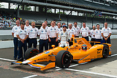 Verizon IndyCar Series<br /> Indianapolis 500 Qualifying<br /> Indianapolis Motor Speedway, Indianapolis, IN USA<br /> Saturday 20 May 2017<br /> Fernando Alonso, McLaren-Honda-Andretti Honda and team official qualifying portrait<br /> World Copyright: Geoff Miller<br /> LAT Images