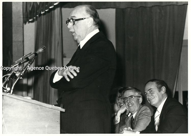 Le Maire Jean Drapeau,<br /> le 10 novembre 1978<br /> durant la campagne pour sa ré-élection, <br /> <br /> PHOTO : JJ Raudsepp  - Agence Quebec presse