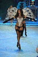 NON EXCLUSIVE PICTURE: MATRIXPICTURES.CO.UK.PLEASE CREDIT ALL USES..UK RIGHTS ONLY..Brazilian model Isabeli Fontana is pictured on the runway during the 2012 Victoria's Secret lingerie fashion show, held at New York's Lexington Avenue Armory. ..NOVEMBER 7th 2012..REF: GLK 125134 /NortePhoto