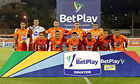 ENVIGADO - COLOMBIA, 13–02-2021: Los jugadores de Envigado F. C., posan para una foto, antes de partido entre Envigado F. C., y Atletico Junior de la fecha 6 por la Liga BetPlay DIMAYOR I 2021, en el estadio Polideportivo Sur de la ciudad de Envigado. / The players of Envigado F. C., pose for a photo, prior a match between Envigado F. C., and Atletico Junior of the 6th date for the BetPlay DIMAYOR I 2021 League at the Polideportivo Sur stadium in Envigado city. Photo: VizzorImage / Juan A Cardona/ Cont.