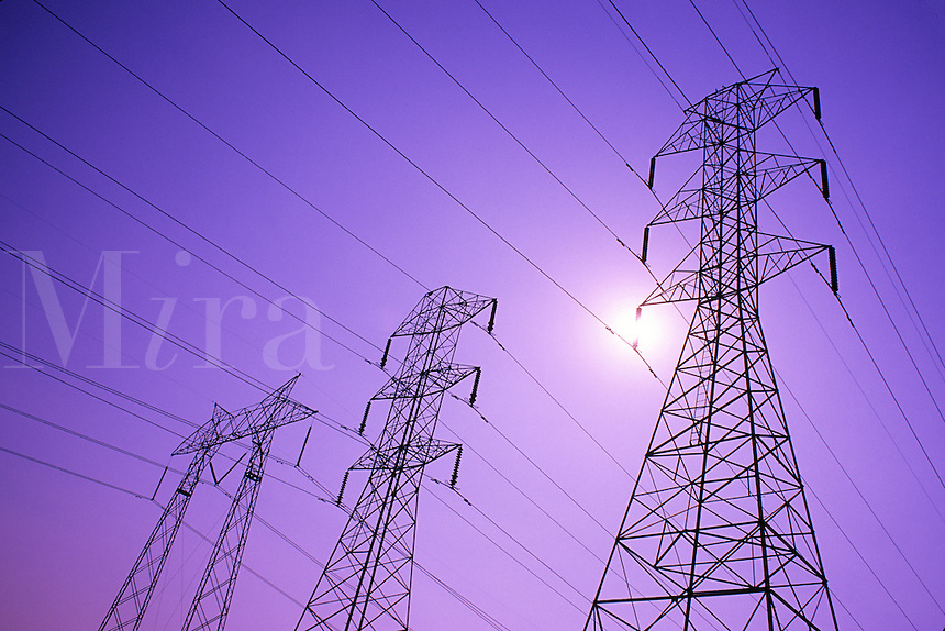 Power transmission lines and tower