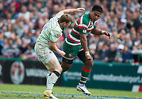 14.05.2011. Leicester, England.  Manu Tuilagi and Chris Ashton exchange blows during the first half.  Both players were sin binned as a result of the incident. Aviva Premiership Semi Final Rugby Union from Welford Road on 14 May 2011.  Final score: leicester Tigers 11-3 Northampton Saints. Sequence of 4 pictures. Mandatory Credit: Actionplus