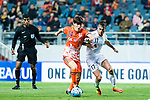 Jeju United Midfielder Lee Changmin (L) in action against Adelaide United Forward Nikola Mileusnic (R) during the AFC Champions League 2017 Group Stage - Group H match between Jeju United FC (KOR) vs Adelaide United (AUS) at the Jeju World Cup Stadium on 11 April 2017 in Jeju, South Korea. Photo by Marcio Rodrigo Machado / Power Sport Images