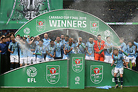 The Manchester City players lift the trophy at the end of the Carabao Cup Final match between Chelsea and Manchester City at Stamford Bridge on February 24th 2019 in London, England. (Photo by Paul Chesterton/phcimages.com)<br /> Foto PHC Images / Insidefoto <br /> ITALY ONLY