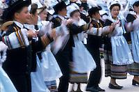 Europe/France/Bretagne/56/Morbihan/Gourin : Danseurs du groupe de Riec-sur-Belon lors de la fête de la crêpe