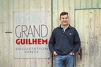 Gilles Contrepois. Domaine Grand Guilhem, Degustation Vente, Tasting and Sale. Domaine Grand Guilhem. In Cascastel-des-Corbieres. Fitou. Languedoc. A door. Owner winemaker. France. Europe.